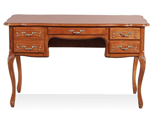 風水家具。木材の温かみと優しく包み込む丸みが特徴。