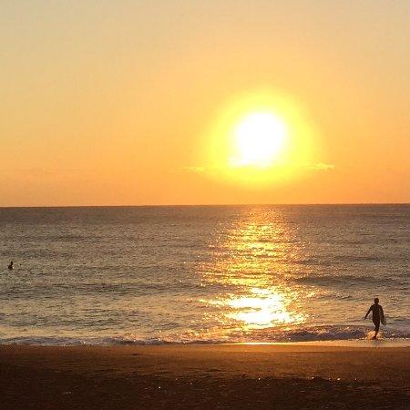 太陽の沈む水平線は風水上どのような影響を与えるのでしょうか?